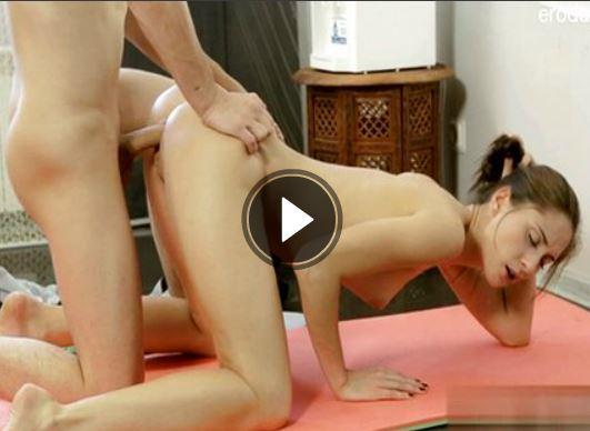 Nackte Frauen Beim Geilen Lesben Se Aus Einem Gratis Fickvideo